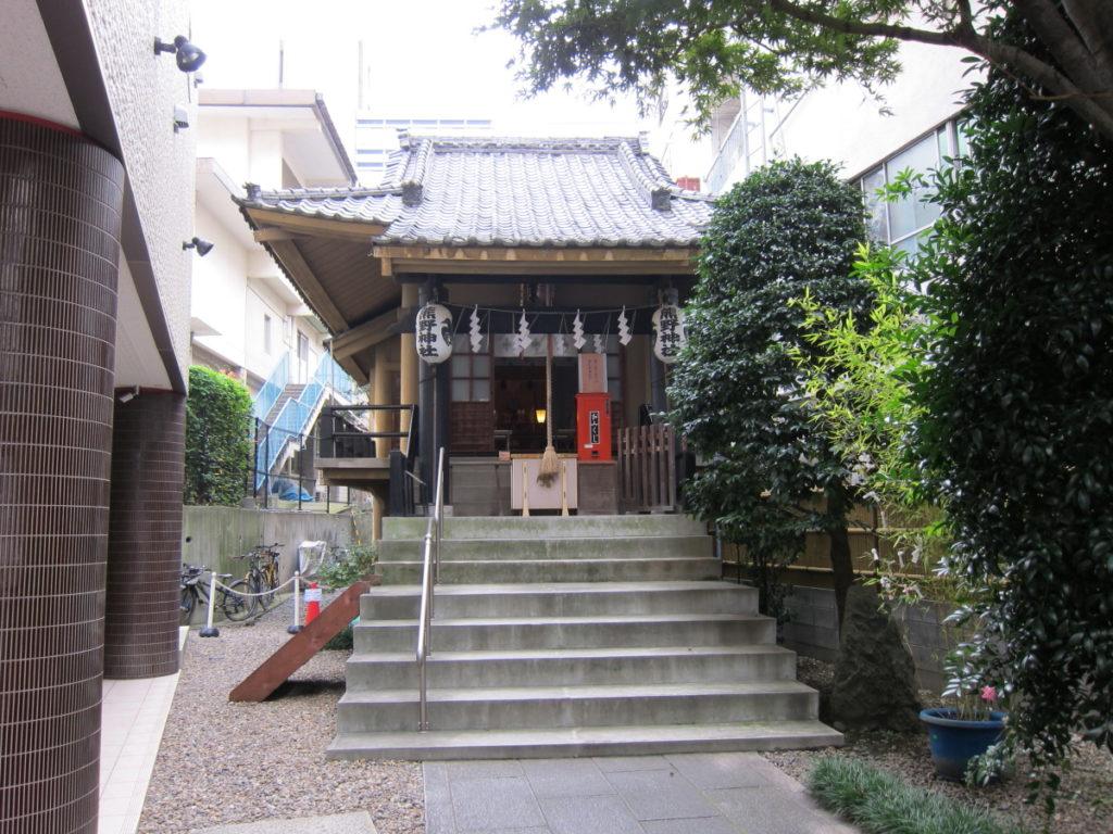 飯倉熊野神社 拝殿