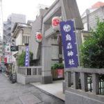 烏森神社前の路地の様子